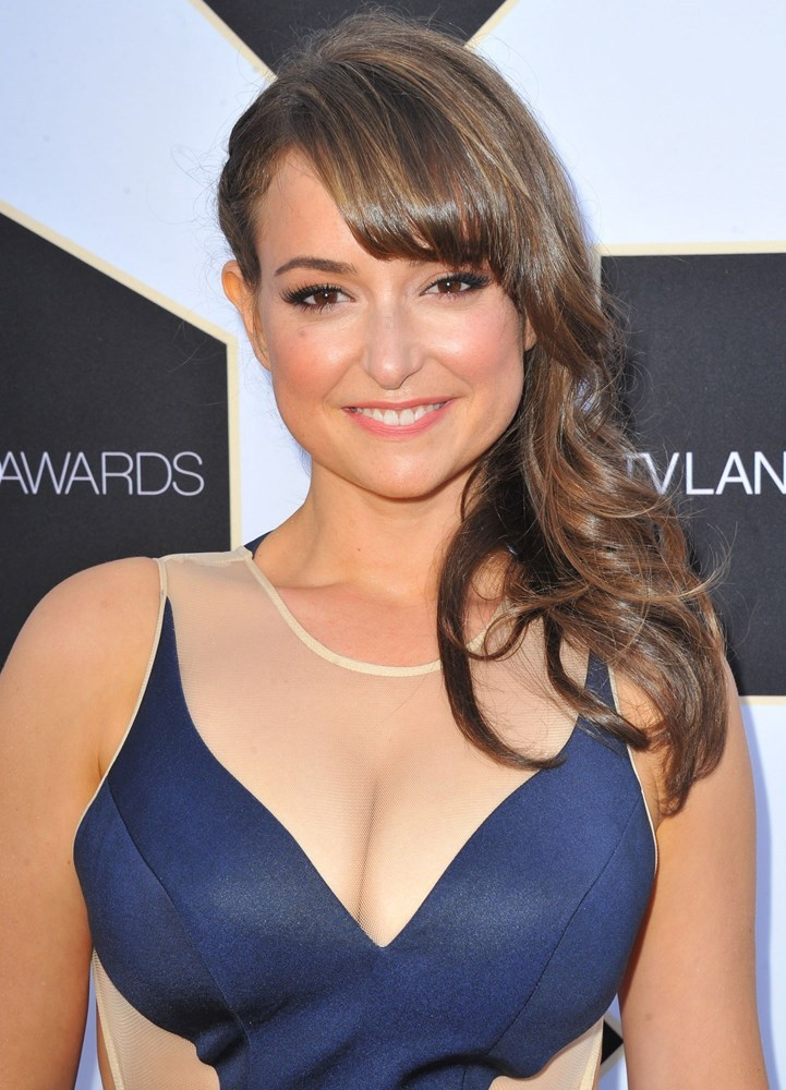 milana vayntrub things to know about the actress aka lily from